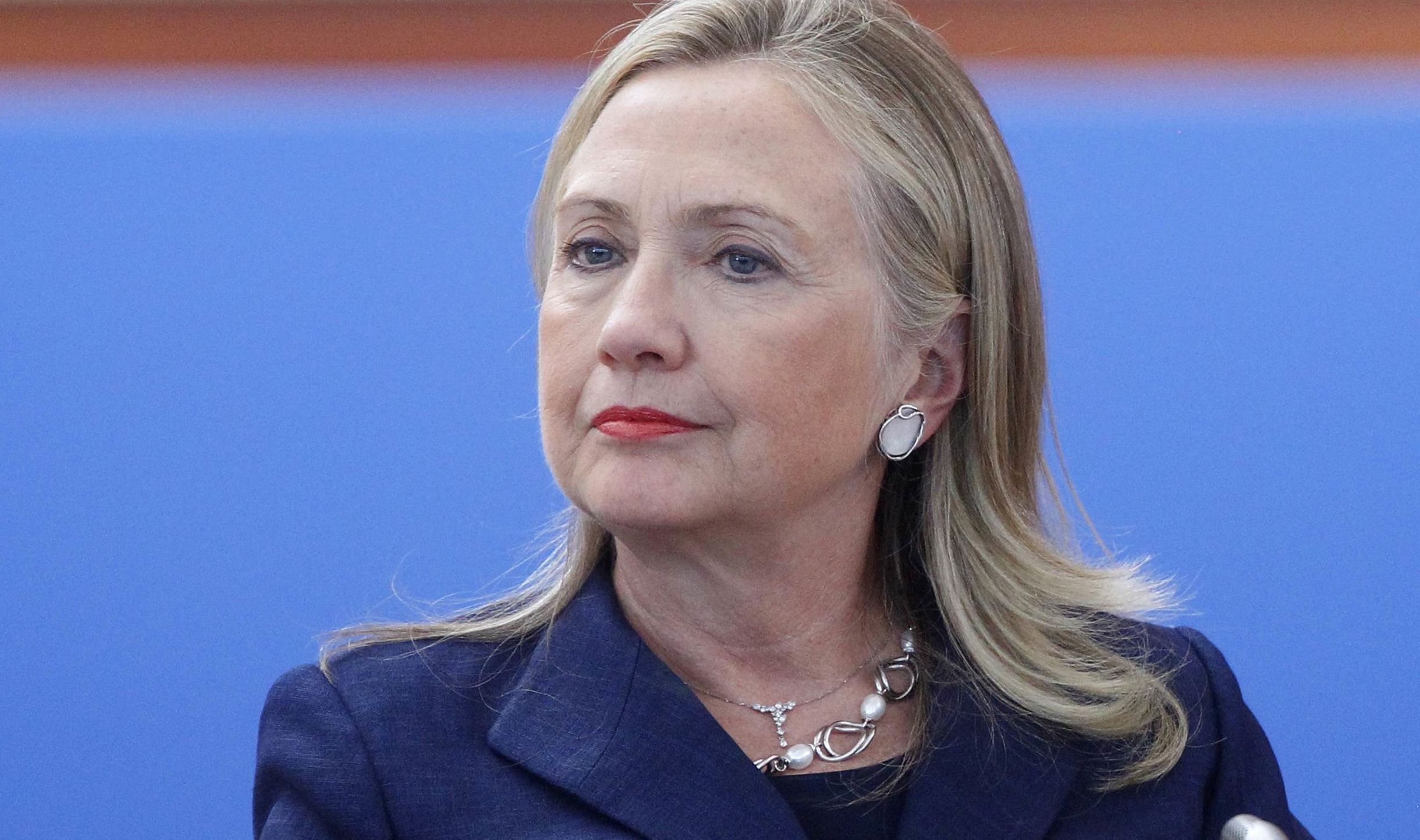 clinton essay hillary photo rodham Free essay: another reason hillary entered the world of politics is because of her minister she met martin luther king jr in chicago in 1962 she also acted.