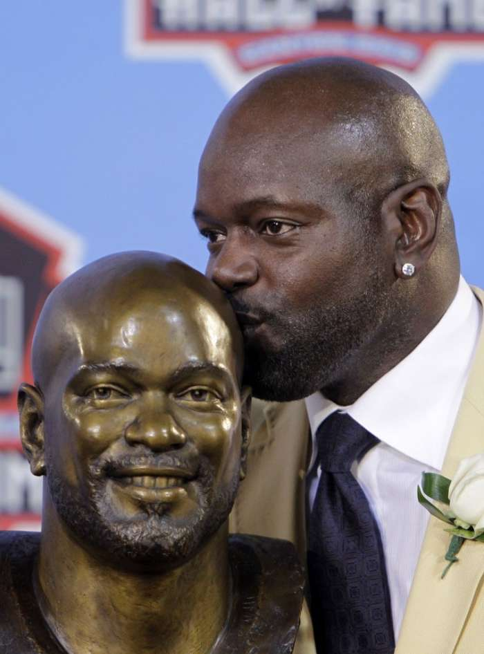 The running backs: <b>Emmitt Smith</b> was in the Heisman top 10 twice for Gators - ... - 692201338