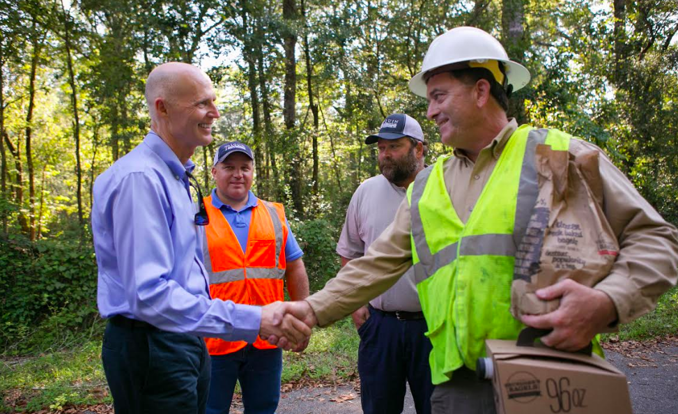 Governor and utility workers