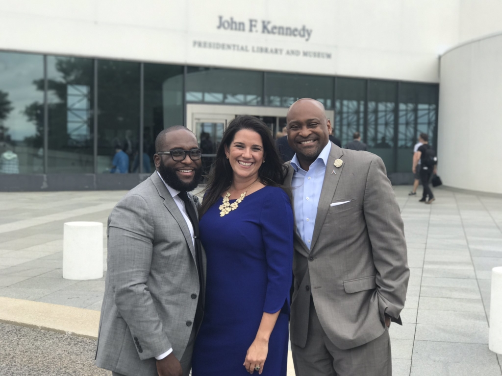 oscar braynon Anitere flores and democratic sen oscar braynon have been drifting around  tallahassee for more than a year but not until tuesday, when an.