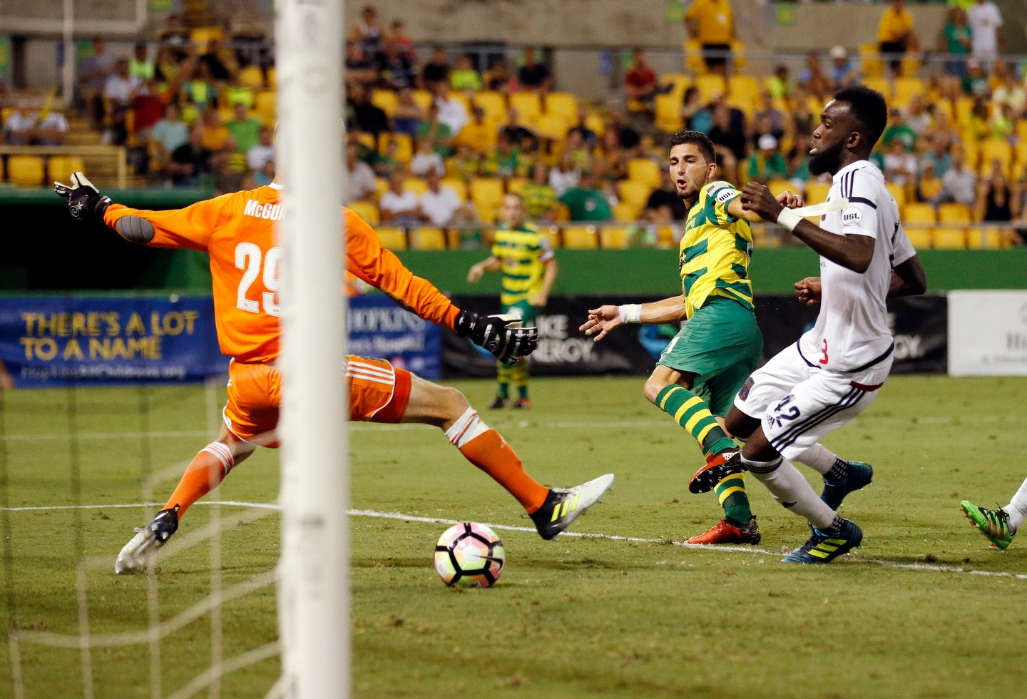 Tampa-bay-rowdies-09.30